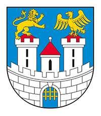 Herb miasta Częstochowy jest w niebieskim polu tarczy godło wyobrażające miejskie mury obronne o barwie srebrnej – zwieńczone siedmioma blankami z bramą pośrodku, w której widoczna jest opuszczona do połowy krata. Nad murem wznoszą się trzy wieże: dwie boczne, wyższe, zwieńczone trzema blankami i trójkątnym spadzistym daszkiem o barwie czerwonej; wieża środkowa jest również nakryta czerwonym trójkątnym daszkiem – zwieńczonym niewielką srebrną (białą) kulą. Na szczycie wieży po lewej stronie widnieje postać złotego (żółtego) lwa, natomiast po prawej - złotego (żółtego) orła z rozpostartymi do lotu skrzydłami. Zwierzęta heraldyczne zwrócone są ku sobie.